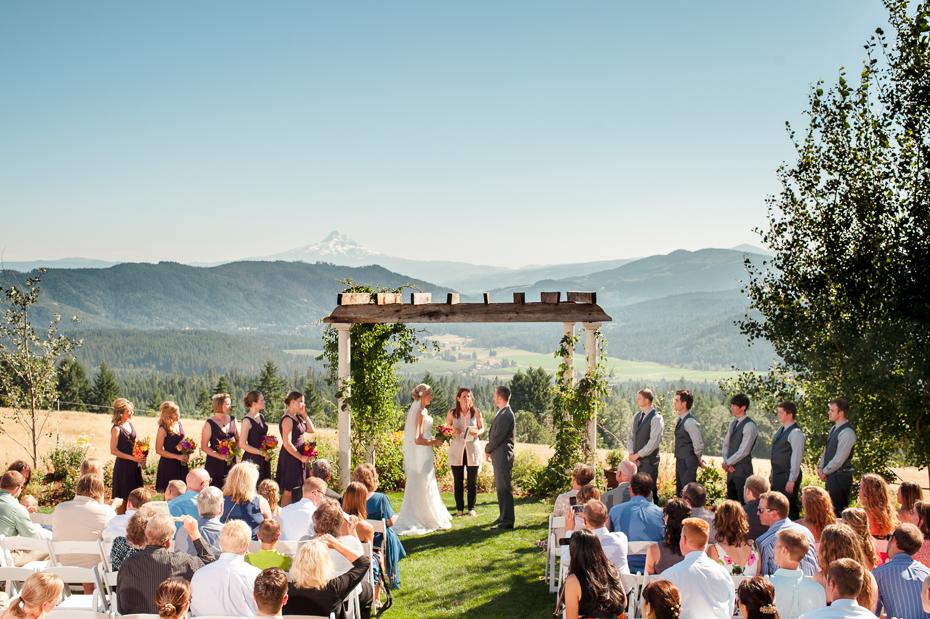 husum-highlands-gorge-wedding-019