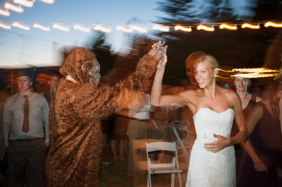 husum-highlands-gorge-wedding-041