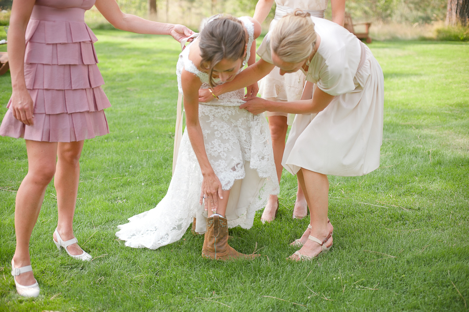 house-on-metolius-wedding-009