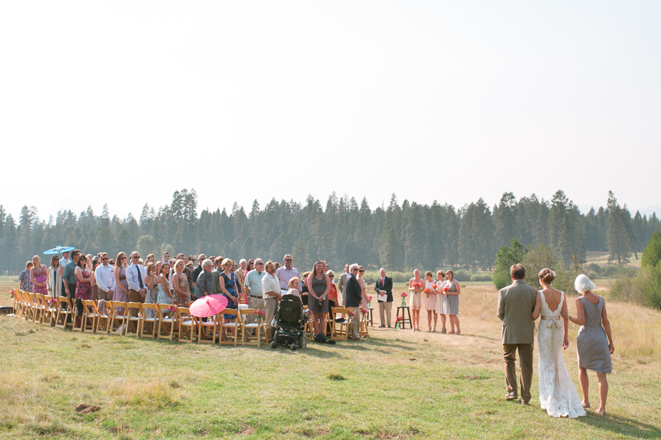 house-on-metolius-wedding-014
