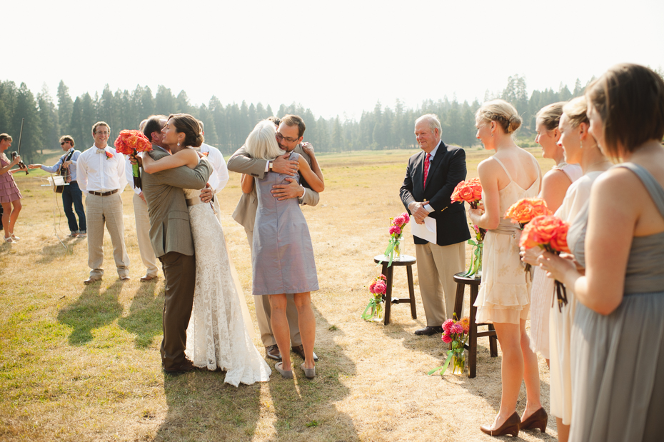 house-on-metolius-wedding-015