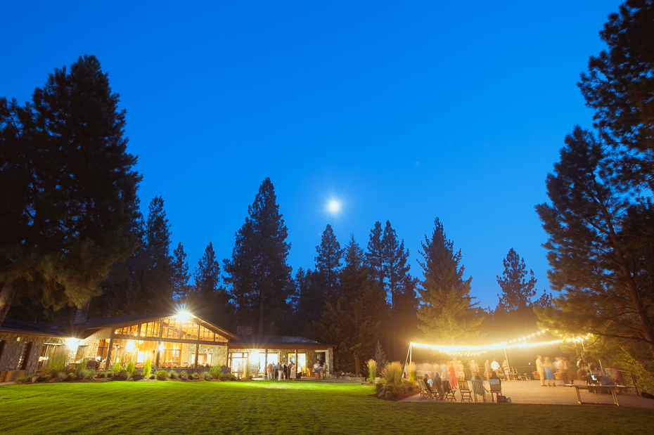 house-on-metolius-wedding-038