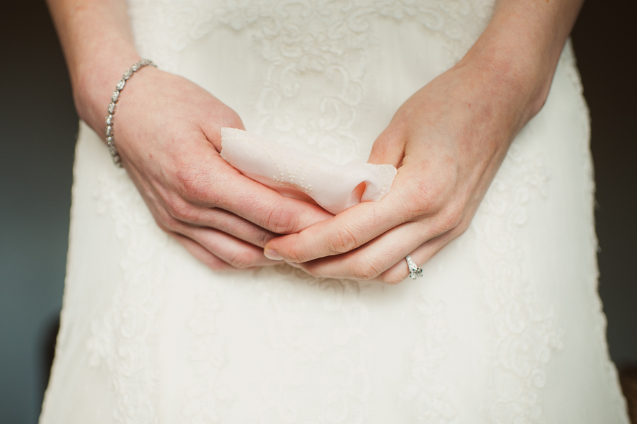 pacific-northwest-fall-gorge-crest-wedding-006