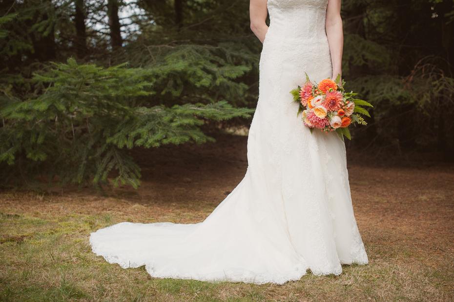 pacific-northwest-fall-gorge-crest-wedding-012
