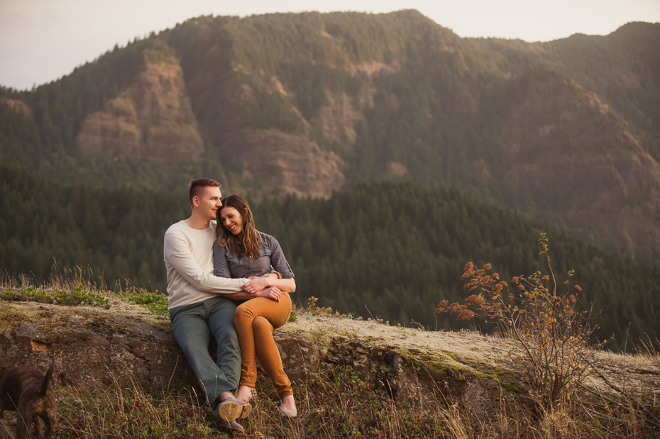 oneonta-columbia-river-gorge-engagement-001