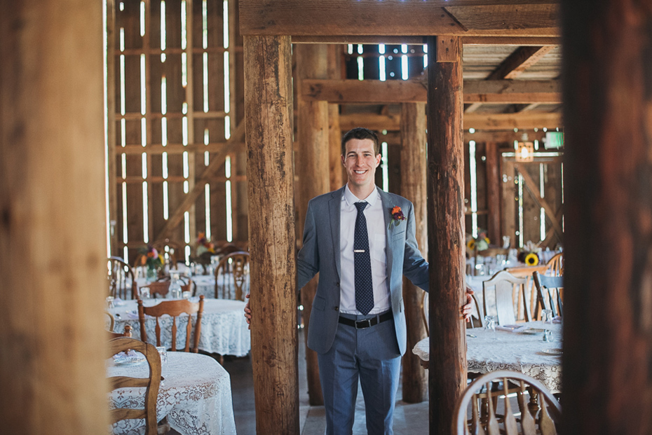 012 tin roof barn columbia gorge wedding