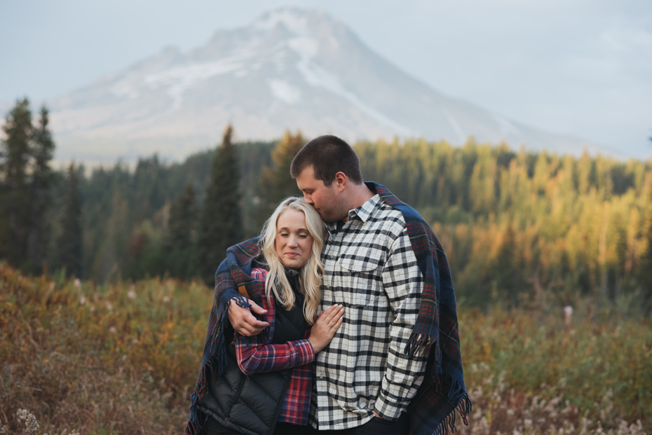 021 mt hood sunset engagement photography