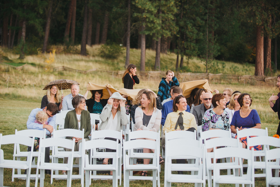 060 house on metolius central oregon wedding