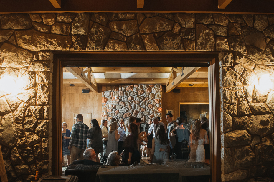 102 house on metolius central oregon wedding
