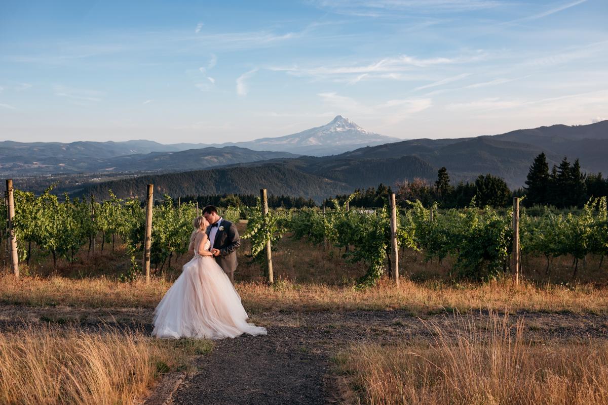 Sydney jon / gorge crest vineyards
