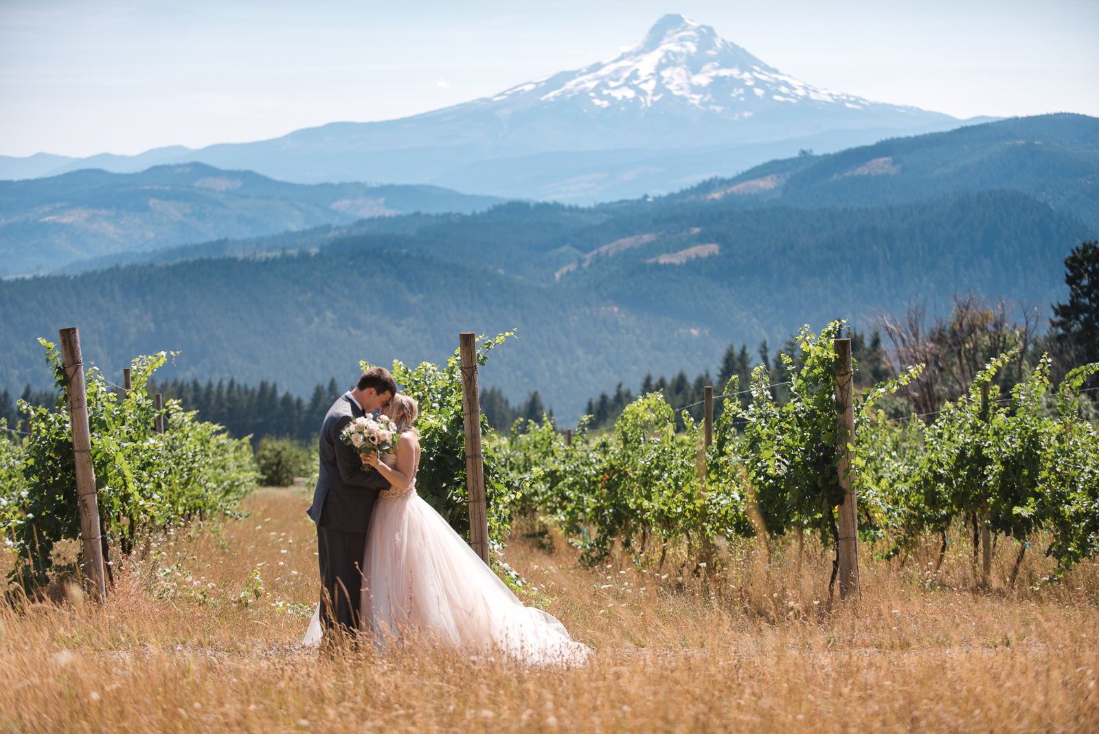 024 gorge crest vineyard wedding