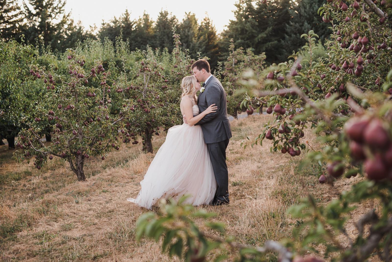 082 gorge crest vineyard wedding