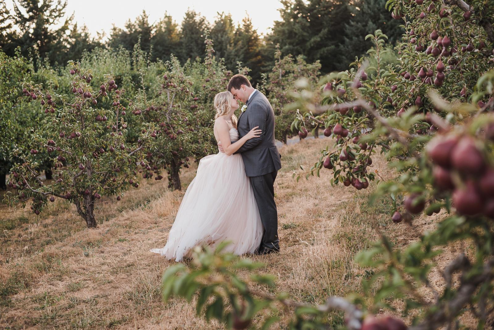 083 gorge crest vineyard wedding