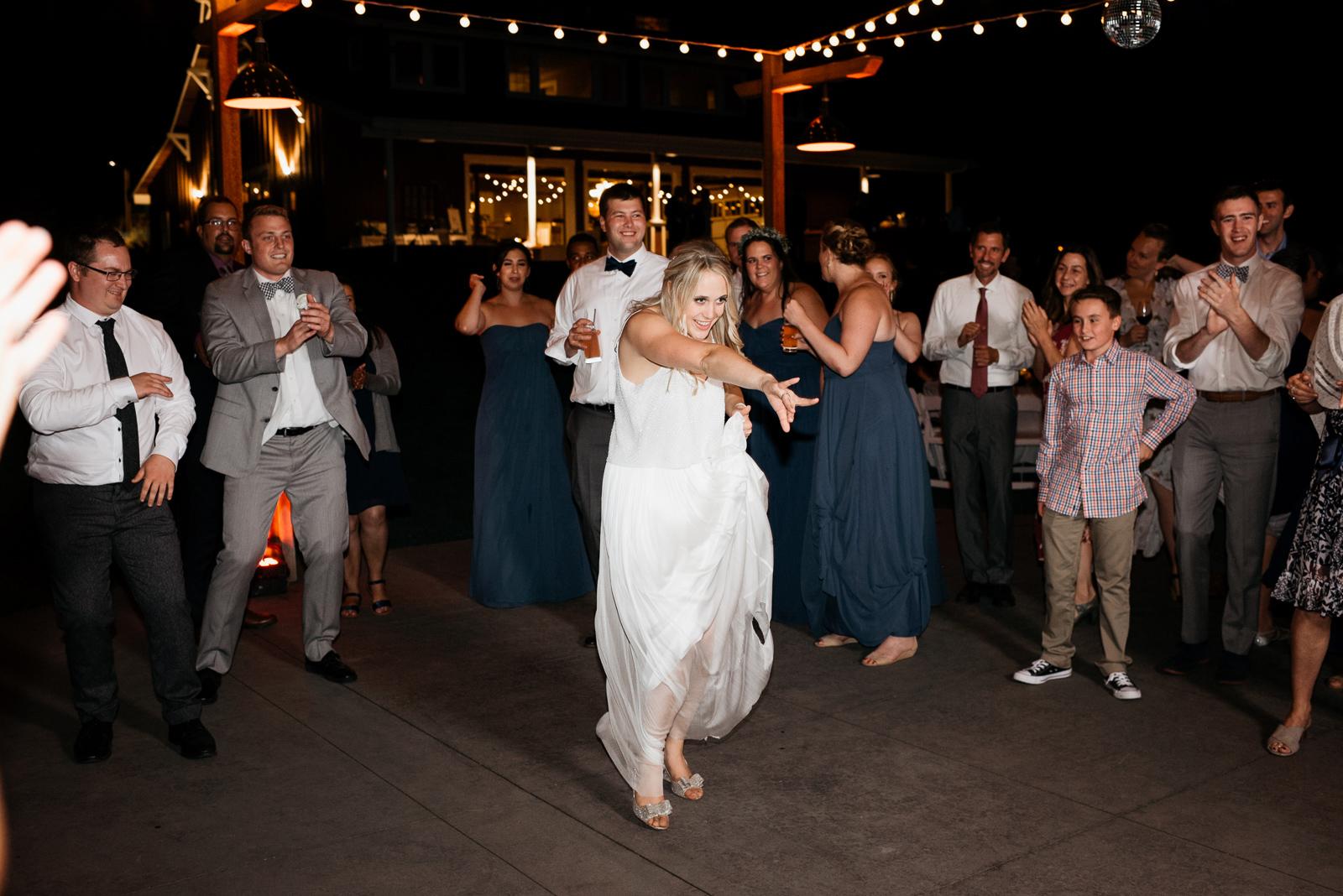 099 gorge crest vineyard wedding
