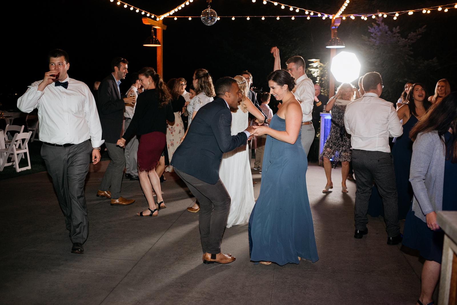 102 gorge crest vineyard wedding