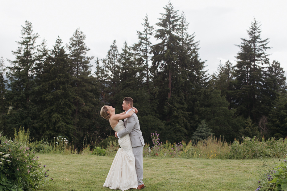 026 playful mt hood organic farms wedding