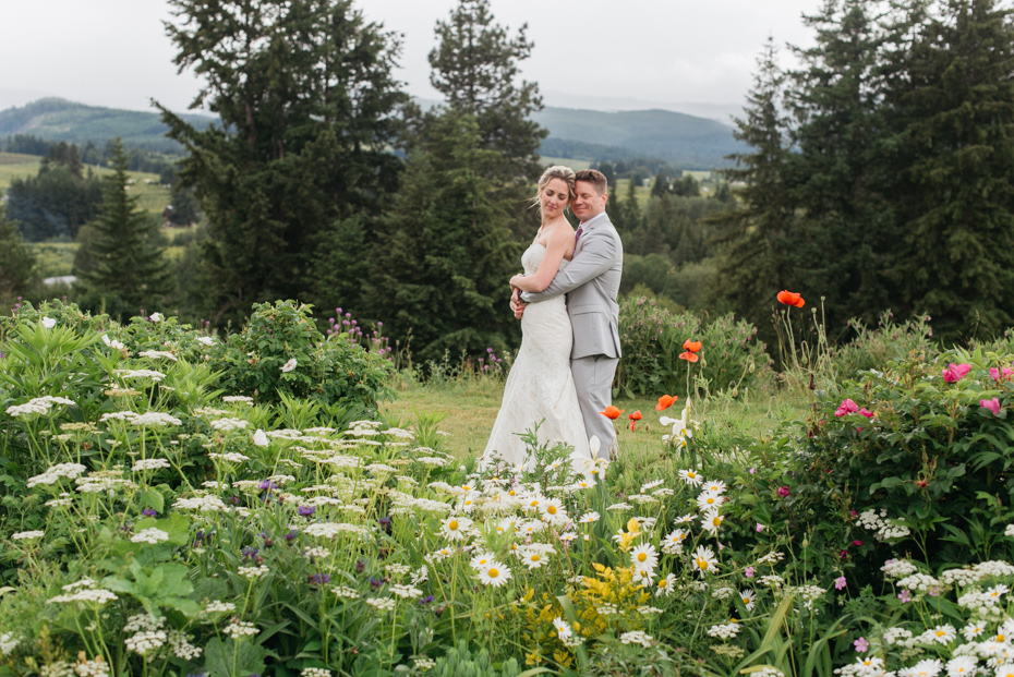 027 playful mt hood organic farms wedding