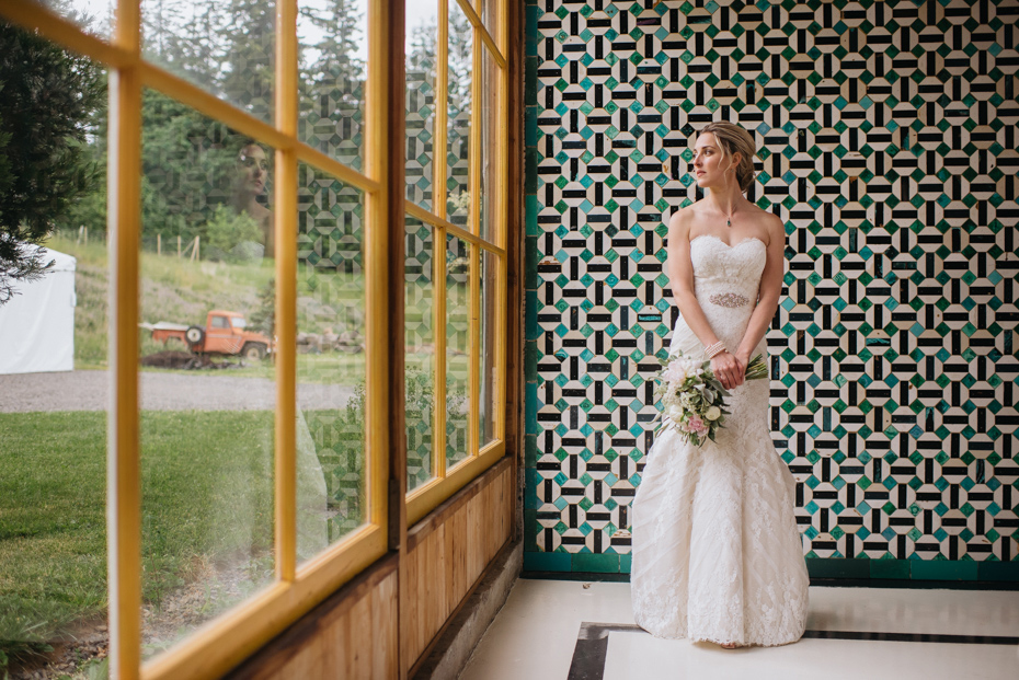 031 playful mt hood organic farms wedding
